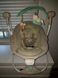 Superb condition ingenuity baby automatic swing  Montréal, H3S 1H9