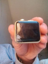 Apple watch won't turn on best offer gets not fre  Providence, 02908