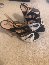 Wedges brand new size 6.5 Portland, 97223