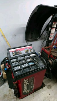 Tire balance machine  Bloomfield Hills, 48304