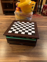Wooden game box Kitchener, N2P 2T6