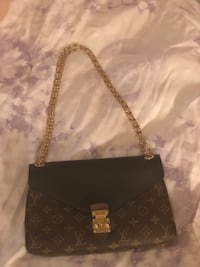 Louis Vuitton gold chain handbag Jacksonville, 32223