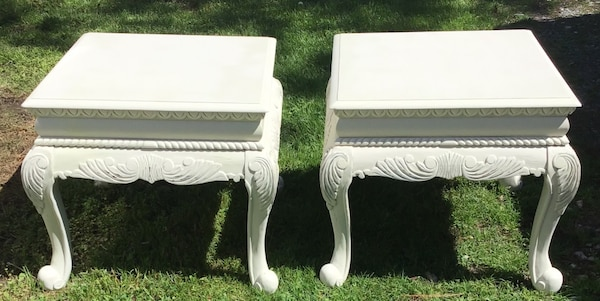 Elegant matching end tables/bedside tables  6ab937c3-cb30-4efb-acd3-30c7e0655b1d