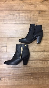 Shoes- Black Heeled Bootoes  size 9 Tempe, 85281
