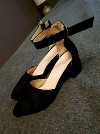 Brand new low heel black suede shoes size 39