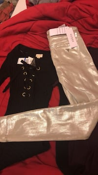 Guess pants brand newguess jeans size 25 with tag $128 selling for b/o no low ballers Kennewick, 99336