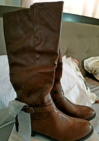 style and company.New pair brown boots.size 10 Yonkers, 10710