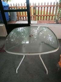 Glass top table  Tampa, 33624