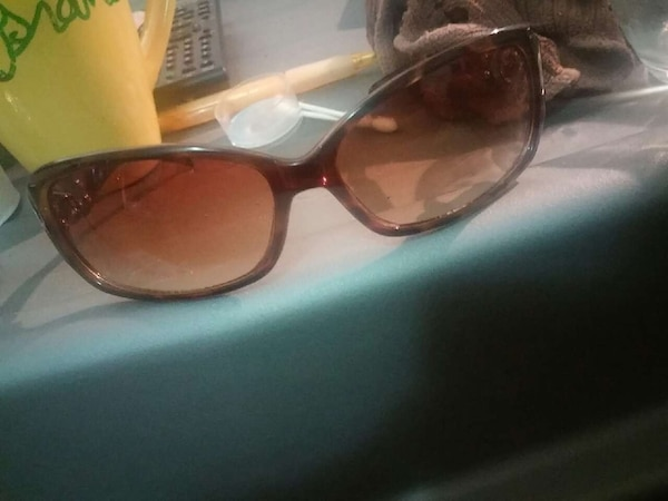 alfred sung womens leopard/sunglasses100%condition