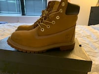 Timberlands Clifton, 07011