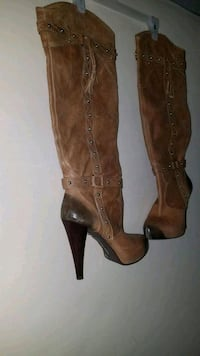 pair of brown leather knee-high boots Tampa, 33610