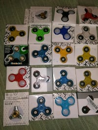 assorted fidget spinners in boxes Louisville, 40215