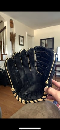 Baseball Glove Rawlings Black 11 and 3/4 in for Left-Handed throw Catonsville, 21228