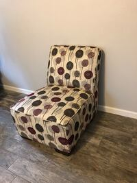 Purple, silver, and dark grey patterned chair Baton Rouge, 70817