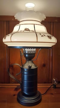 BEAUTIFUL EARLY AMERICAN LAMP WORKS 3 WAY BULB - EXCELLENT CONDITION  Pasadena