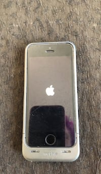 SE 5 I phone with mophie extra battery Anchorage, 99502