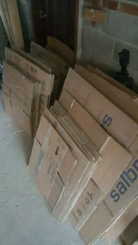 Clean flattened packing boxes Toronto, M4N 2M8