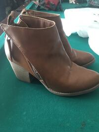 Women's booties size 8.5 Powell, 37849