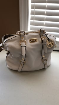 Michael kors white and gold purse (never used)