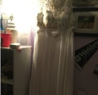 White prom dress/wedding dress DOVER