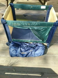 Collapsible Play Pen. Smithsburg, 21783