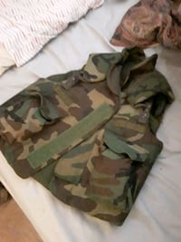 Camouflage bulletproof jacket military issue