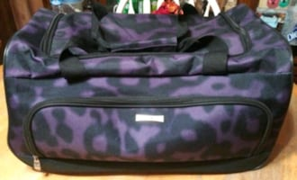 2 Wheel Women's Duffle Bag Carry On Luggage