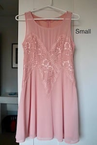 size small pink floral scoop-neck sleeveless flare dress