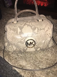 Real Michael Kors purse Red Lion, 17356