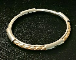 Absolutely Gorgeous Fifth Avenue Collection Bangle!