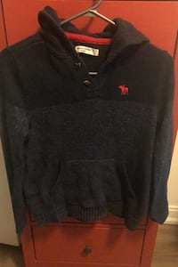 Abercrombie Hooded Sweater(13/14).