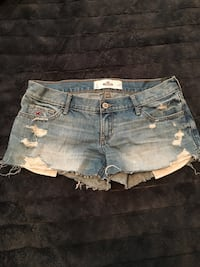 Holister jean shorts never worn, tag still on it Windsor, N8W 2K1