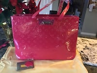 Very large traveling tote bag three different colours  Hamilton, L8W 3H2