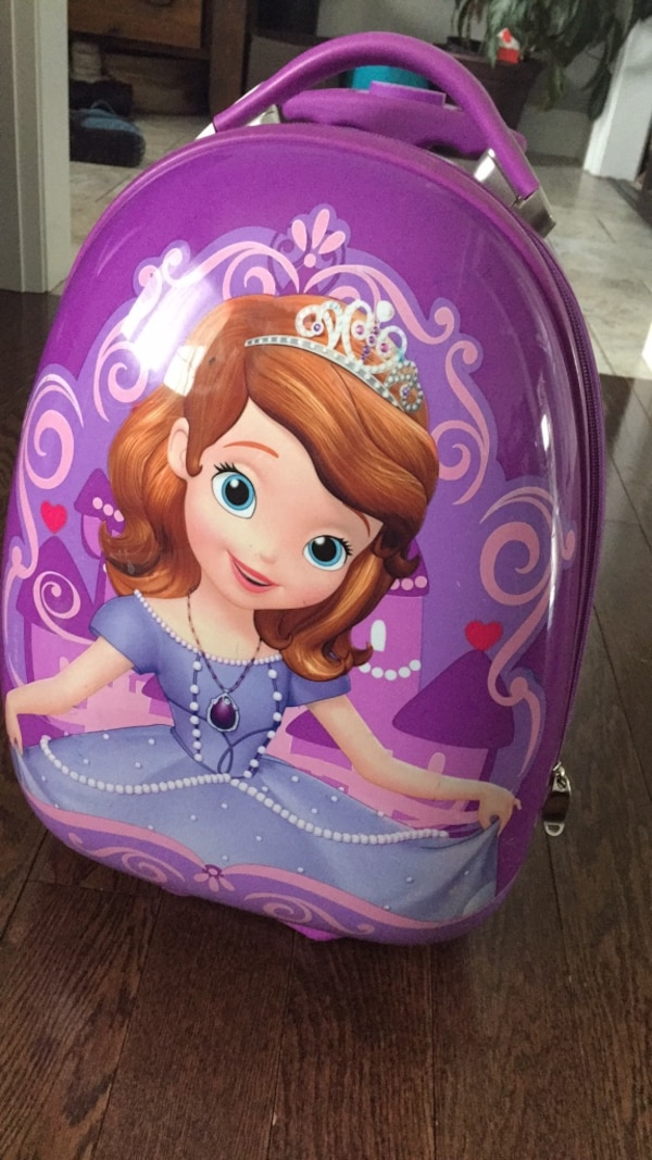 Sofia the first Hays Carry on luggage  16132a16-9e30-4350-8b59-65bb0f5c4a80