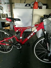 GT  iDRIVE 6.0 mountain bike