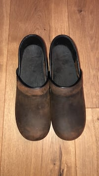 Brown Leather Dansko Richmond Hill, 31324