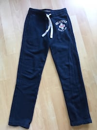 Hollister sweat pants, XS, Roots sweats also available XS & small -$15 Mississauga, L5L 5P9