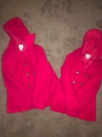 Matching sister jackets Pitt Meadows, V3Y