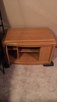 tv stand Lincoln, 68507