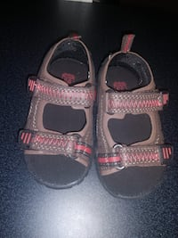 Cute brand new toddler sandals size 6 Los Angeles