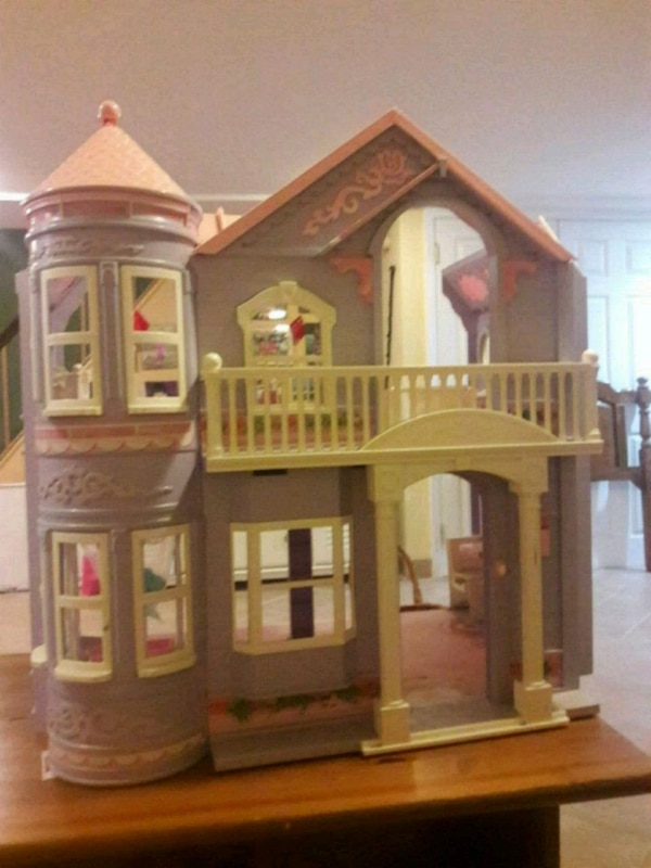 Used Dolls House For Sale In Queens Letgo