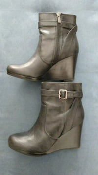 Boots - Kenneth Cole - size 9M