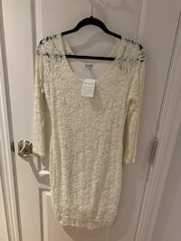 Guess ivory lace dress size large  Toronto, M9R 2E2