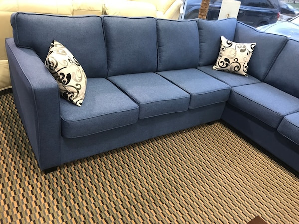 Canadian Made Sectional!  741dead1-1b29-44b6-935f-3a5b493d2f77