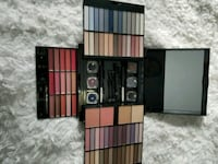 Quo makeup set never used 20$ Kitchener, N2E 4E5