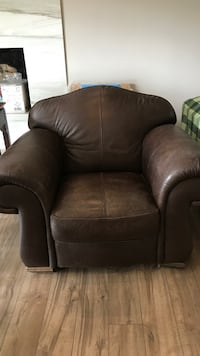 Real leather  North Vancouver, V7H 1H9