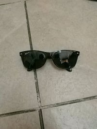 black framed Ray-Ban wayfarer sunglasses Kelowna, V1Y