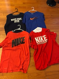 4 Nike Tee Shirts Middletown, 10940