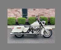 2009 Harley-Davidson Touring bike is a very clean Minneapolis