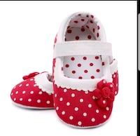13 to 18 months red and white shoes  Brampton, L6S
